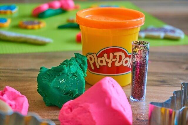 Можно ли есть пластилин для лепки Play Doh?